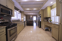 kitchen-3-small.jpg